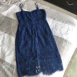 Lulus baby blue sweetheart lace midi dress